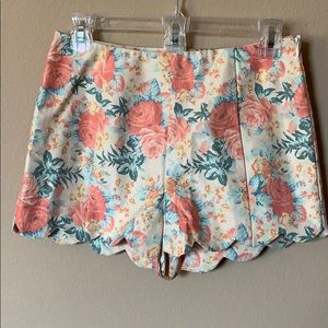 Scalloped Floral Shorts Vintage Feel